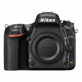 Nikon D750, Body